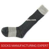 Calzino del ginocchio del cotone del pettine di modo delle donne alto (UBM1028)