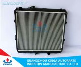 Auto cor nova de alumínio refrigerando eficiente da prata do projeto de Hilux 4X4'02 do radiador