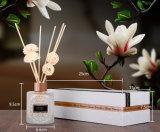 Difusor da fragrância com o petróleo que absorve flores artificiais e varas do Rattan na caixa de presente para a decoração Home