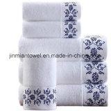 卸売70X140cm白く明白なテリータオルの一定の高級ホテルの100%年の綿の浴室