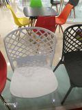 Silla plástica de la venta caliente que cena la silla plástica de Eames de la silla