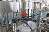 Vertrauen-Glutathion-u. Vitamin- Ceinspritzung-Phiolen, die mit einer Kappe bedeckende Maschine füllen