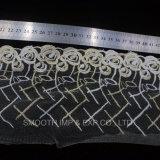 Form-Nettogarn-Stickerei-Spitze-Zubehör, die das Gewebe wasserlöslich kleiden