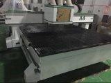 China 1325 mit 3 Spindeln CNC-Holzbearbeitung-Maschine