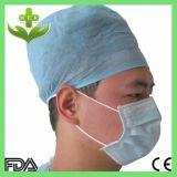 Il dottore Cap con elastico o il legame per l'ospedale & la clinica