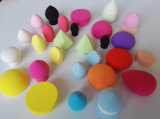 Бесплатные образцы пользовательских Bi-Color переработки очищающий SBR отшелушивающей подушечкой для макияжа