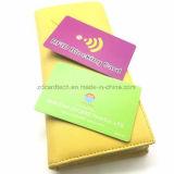 Tamanho plástico personalizado RFID contra-roubo do cartão de crédito que obstrui o cartão