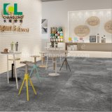 Mattonelle di pavimentazione impermeabili della plancia del vinile del PVC di colore grigio strutturato di lusso, ISO9001 Changlong Cls-32