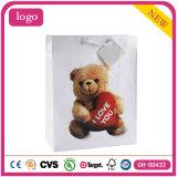 Медвежонок дня Valentine производит мешки подарка одежды бумажные
