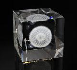 3Dタンポポによって刻まれるレーザーによって刻まれる水晶立方体およびブロック