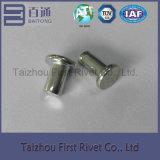6X13.2mmの白亜鉛カラー平らなヘッド固体鋼鉄リベット