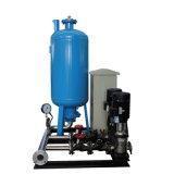 El tanque de agua constante de la extensión de la presión en el agua que rellena la estación