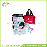 医学旅行キャンプの遠征のスポーツの救急箱