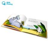ラウンド・コーナが付いているボール紙の赤ん坊の本