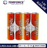 El tamaño de 1,5 V de la fábrica China Pila alcalina (LR03-AAA-Am4).