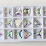 Het hoogste Kristal van de Driehoek van de Verkoop naait op Steen voor de Kleding van het Huwelijk, Kleding, Zakken, Decoratie