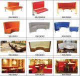 赤い耐摩耗性の頑丈な半分の円形のレストランブースの座席