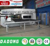 D-Es300 CNC 경쟁가격을%s 가진 자동 귀환 제어 장치 드라이브 포탑 펀칭기