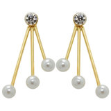 Zilver/de Goud Geplateerde Witte Parel Gefacetteerde Oorringen van de Nagel van het Kristal
