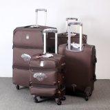 4車輪の紡績工の荷物袋を回しなさい