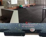 体育館のフロアーリングのゴム製タイルの子供のゴム製フロアーリング