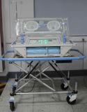 إمداد تموين طبيّة مستشفى تجهيز نقل طفلة طفلة محضن