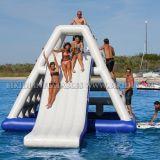 膨脹可能な浮遊給水塔、大人のゲーム水公園D3040のための膨脹可能な水スライド