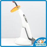 LED. B LED dental sin hilos dental de gran alcance que cura la luz