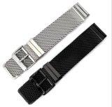 Fitbitの炎の連結の止め金の時計バンドストラップのための取り外し可能なステンレス鋼の時計バンドの固体1.0金網のループ