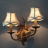 Vintage Designer пластмассовый материал энергосберегающие оленя настенный светильник
