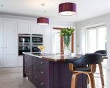 أرجوانيّة لون [سليد ووود] مطبخ, بناء خشبيّة حديثة رجّاجة أسلوب [كيتشن كبينت]