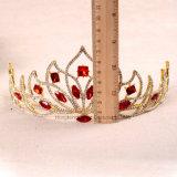L'oro barrocco incorona la parte superiore nuziale di Pricess del casco delle donne della fascia della lega degli accessori dei capelli del diadema verde rosso di cerimonia nuziale