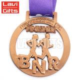 Venta al por mayor venta en caliente de metal personalizados de la medalla de levantamiento Kettlebell 3D.