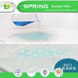 排他的なCoolmaxの反ベッドのバグのマットレスのカバーは100%の洗濯できる赤ん坊のまぐさ桶カバーを防水する