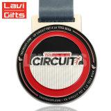 Caliente la venta directa de fábrica de metal estampado personalizado deporte medalla de hierro