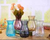 Pequeno vaso de vidro colorido decorativas