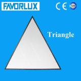 Éclairage de panneau personnalisé par qualité de la triangle DEL de taille 120*120*120cm