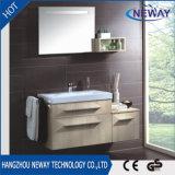 Mobilia fissata al muro all'ingrosso della stanza da bagno della melammina