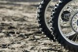 [بيون] درّاجة ناريّة أجزاء [مركت سوبّلي] 300-18 درّاجة ناريّة إطار العجلة