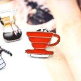 コーラのコーヒーティーポットの電気やかんのワイングラス水ディスペンサーのブローチ