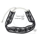 Het gotische Zwarte Met de hand gemaakte Kant haakt de Halsband van de Nauwsluitende halsketting van Bloemen