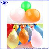 De Ballon van het water met Pumper, de Ballon van de Bom van het Water
