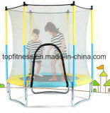 子供の屋外のトランポリンのベッドの安全策が付いている専門のトランポリン公園