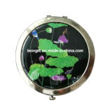 Espejo cosmético Pocket portable de la flor hermosa