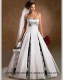 ウェディングドレスの中国のサテンの花嫁の花嫁の服