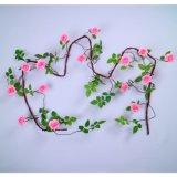 人工的なローズ壁掛けのツルの花の結婚式の装飾