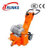 El motor de la gasolina o del motor empuja el escarificador del camino manualmente usado adentro quita la cebra Croassing del camino