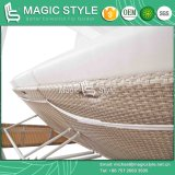 Hotel Wicker Sunbed with Cushion Outdoor Daybed with Pillows Garden Sun Bed Rattan Wicker Daybed Leisure Wicker Double-Bed Furniture Patio