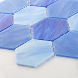 Figura di vetro Iridescent blu di esagono del mosaico delle mattonelle per la stanza da bagno dell'acquazzone