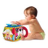 Jouet éducatif de bébé de cube en cour de tissu de peluche